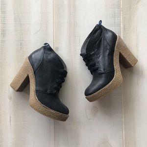 GAP Black Leather Ankle Booties Platform Shoes 5